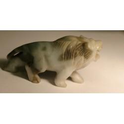 Birmański lew z jadeitu